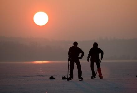 Eishockey-Spaß auf dem Wörthsee